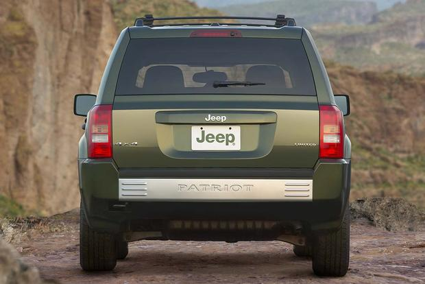 2007 Jeep Patriot: Used Car Review featured image large thumb2
