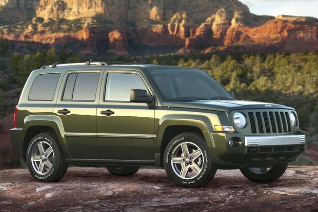 2009 jeep patriot used car review autotrader. Black Bedroom Furniture Sets. Home Design Ideas