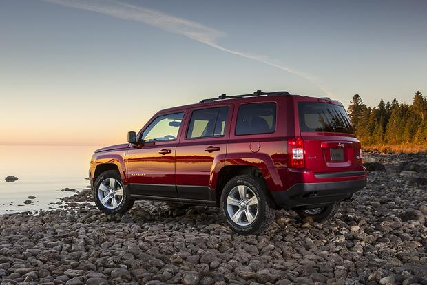 2017 Jeep Patriot: New Car Review featured image large thumb3