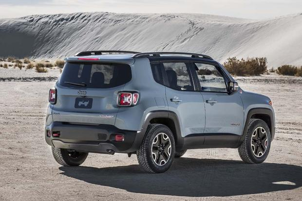 Jeep Renegade Models >> 2016 Jeep Renegade vs. 2016 FIAT 500X: Which Is Better? - Autotrader