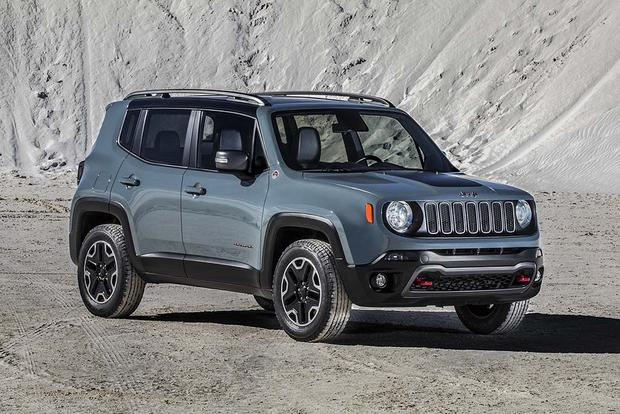 2016 Jeep Renegade vs. 2016 Subaru Crosstrek: Which Is Better? featured image large thumb9