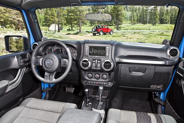 Jeep Wrangler Seats >> 2012 Jeep Wrangler: Used Car Review - Autotrader