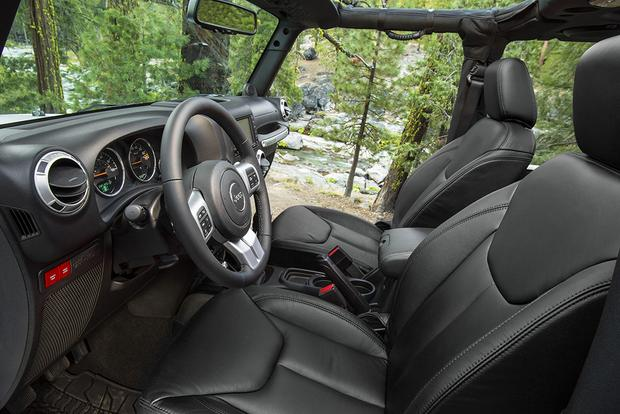 2015 Jeep Wrangler: New Car Review featured image large thumb4