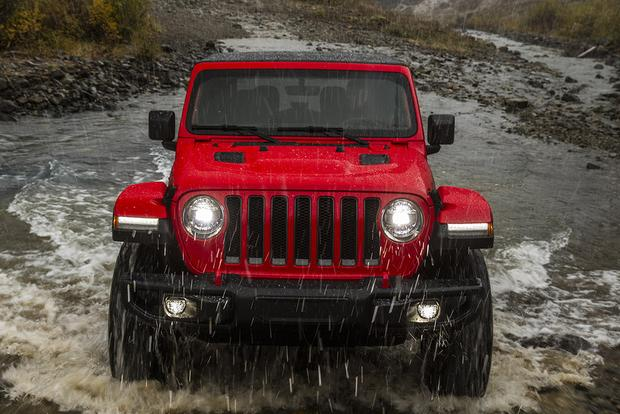 2018 Jeep Wrangler: First Drive Review featured image large thumb0