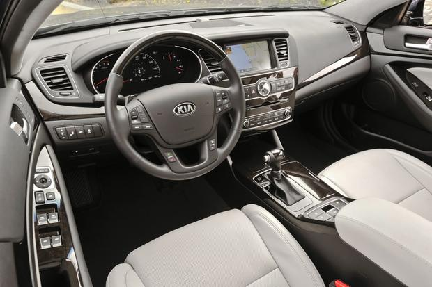 2014 Kia Cadenza: New Car Review featured image large thumb5