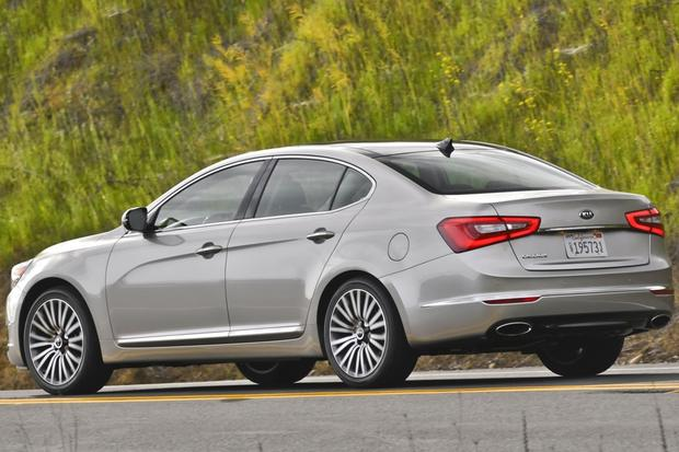 2014 Kia Cadenza: New Car Review featured image large thumb9
