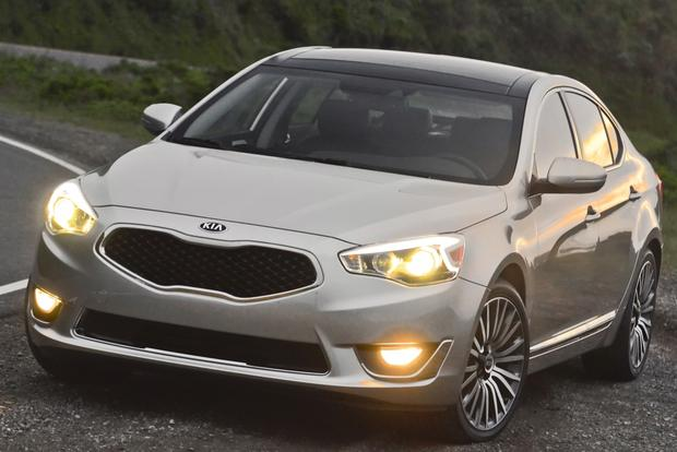 2014 Kia Cadenza: Real World Review featured image large thumb2