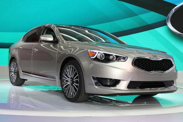 2014 Kia Cadenza Premium Sedan: Detroit Auto Show featured image large thumb0