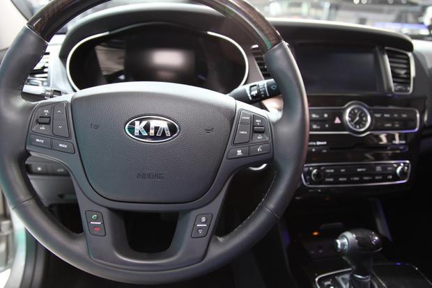 2014 Kia Cadenza Premium Sedan: Detroit Auto Show featured image large thumb9
