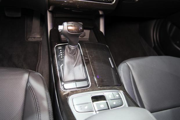 2014 Kia Cadenza Premium Sedan: Detroit Auto Show featured image large thumb11