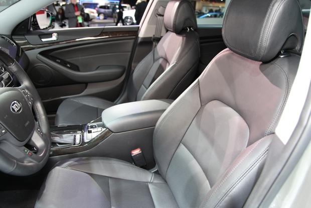 2014 Kia Cadenza Premium Sedan: Detroit Auto Show featured image large thumb13