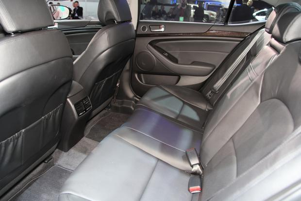 2014 Kia Cadenza Premium Sedan: Detroit Auto Show featured image large thumb14