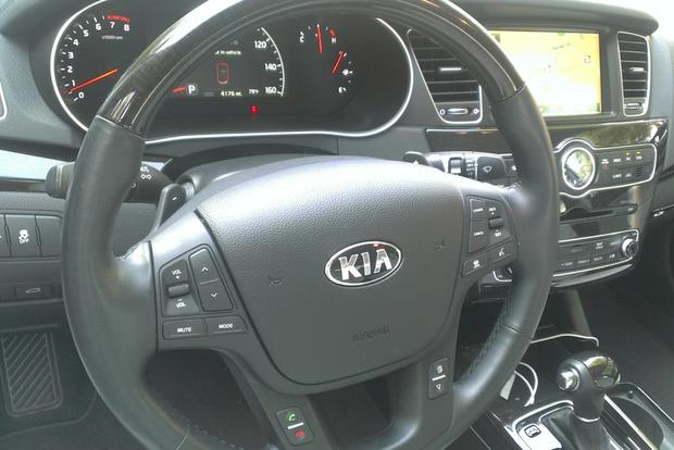 2014 Kia Cadenza: The End of the Road featured image large thumb4
