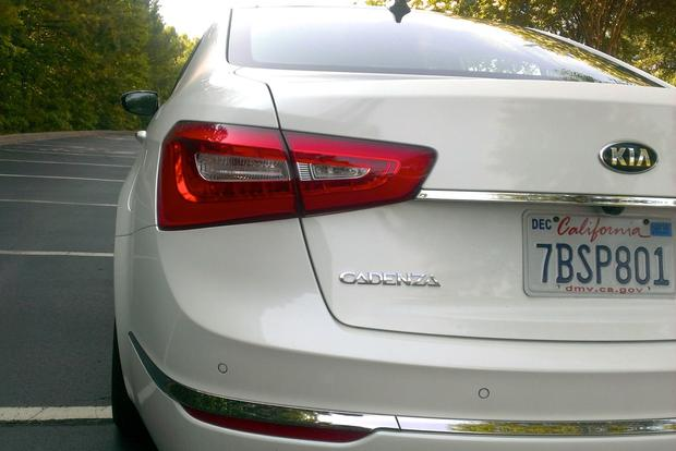 2014 Kia Cadenza: Long-Term Introduction featured image large thumb0