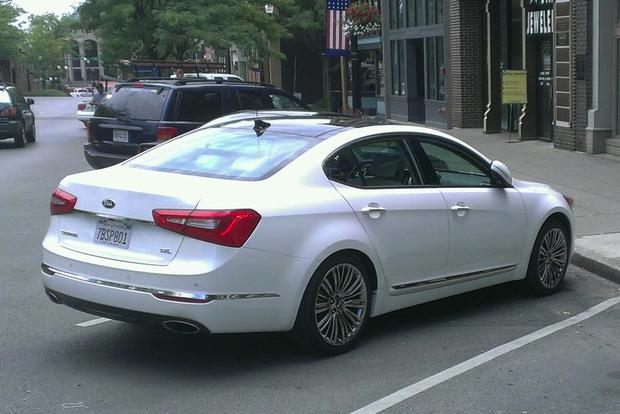 2014 Kia Cadenza: The End of the Road featured image large thumb0