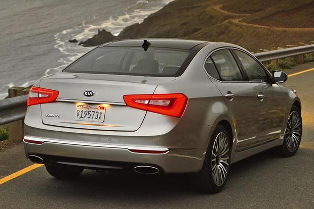 2016 Kia Cadenza: New Car Review featured image large thumb5