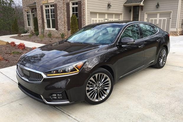 2017 Kia Cadenza Three Hits Featured Image Large Thumb0
