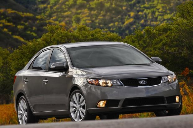 2013 Kia Forte: New Car Review featured image large thumb1