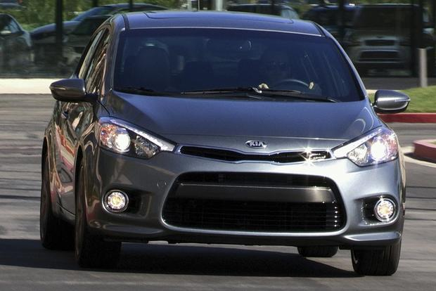 2014 Kia Forte Sedan: New Car Review featured image large thumb22