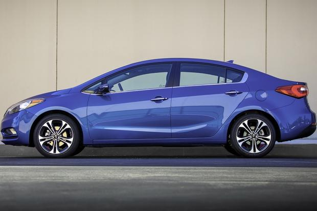 2014 Kia Forte Sedan: New Car Review featured image large thumb1