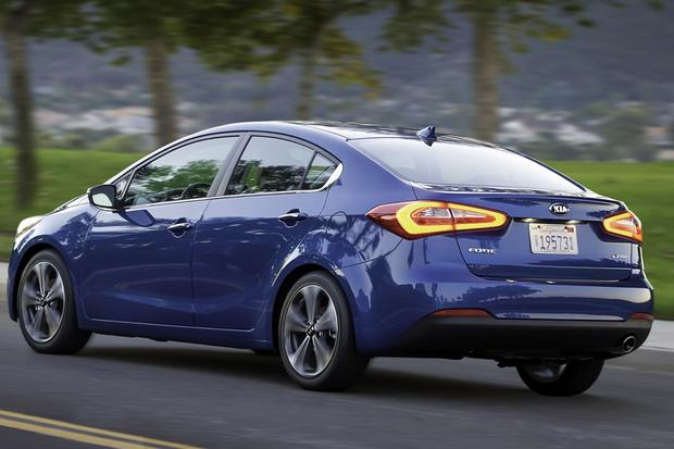 2014 Kia Forte Sedan: New Car Review featured image large thumb2