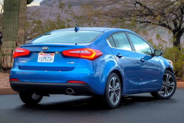 2014 Kia Forte Sedan: New Car Review featured image large thumb3