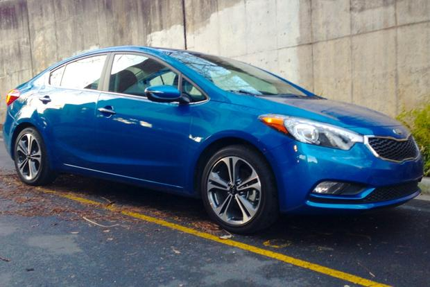 2014 Kia Forte Sedan: New Car Review featured image large thumb21