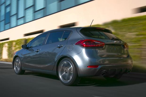 2014 Kia Forte Sedan: New Car Review featured image large thumb17