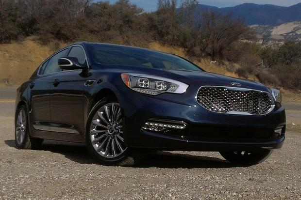 2015 Kia K900: First Drive Review featured image large thumb0