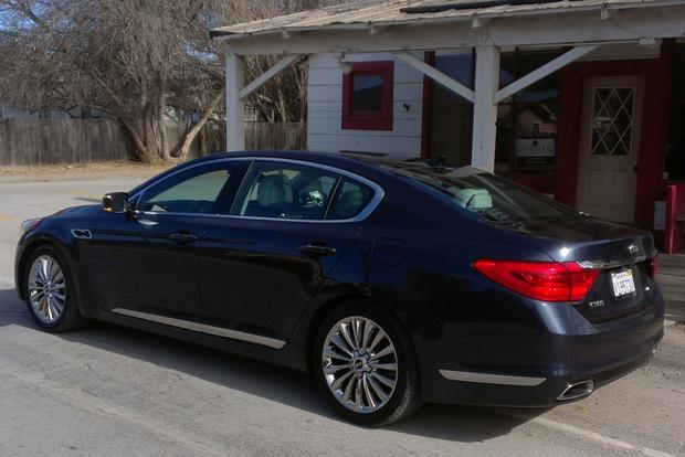 2015 Kia K900: First Drive Review featured image large thumb7