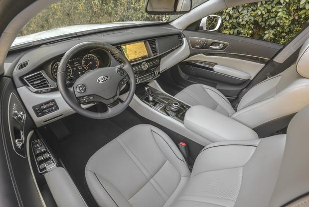 2015 Kia K900: First Drive Review featured image large thumb8