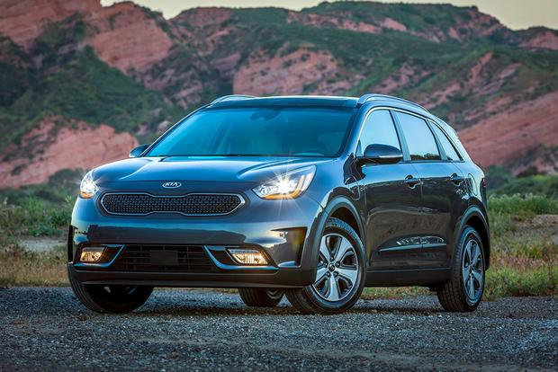 Kia Niro PHEV: First Drive Review featured image large thumb0
