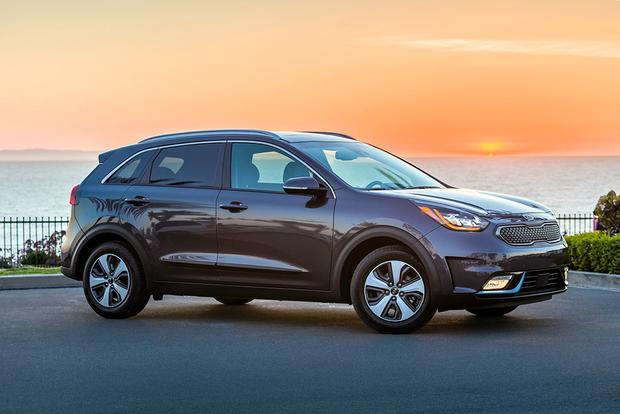 Kia Niro PHEV: First Drive Review featured image large thumb1