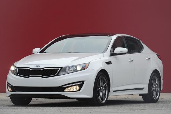 2013 Kia Optima: New Car Review featured image large thumb2