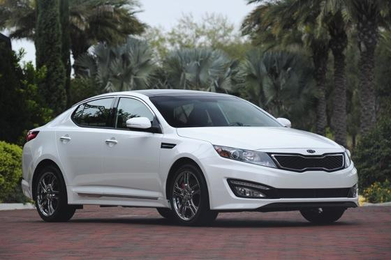2013 Kia Optima: New Car Review featured image large thumb5