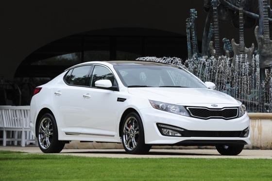 2013 Kia Optima: New Car Review featured image large thumb8