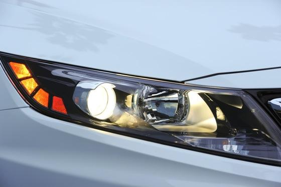 2012 Kia Optima SXL: First Drive featured image large thumb10