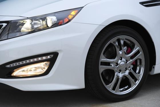 2012 Kia Optima SXL: First Drive featured image large thumb15