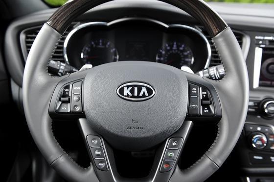 2012 Kia Optima SXL: First Drive featured image large thumb19