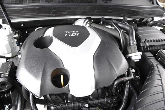 2012 Kia Optima SXL: First Drive featured image large thumb21