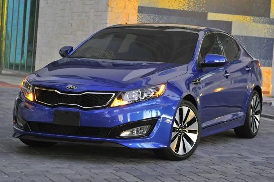 2013 Kia Optima: New Car Review featured image large thumb21