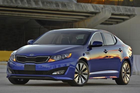 2013 Kia Optima: New Car Review featured image large thumb24