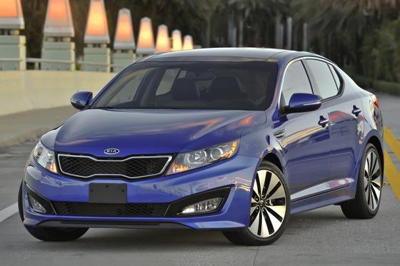 2013 Kia Optima: New Car Review featured image large thumb25