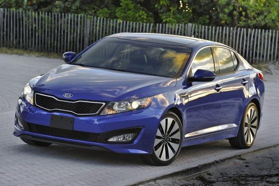 2013 Kia Optima: New Car Review featured image large thumb27