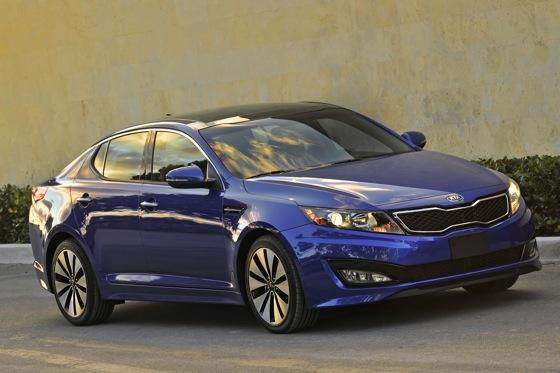 2013 Kia Optima: New Car Review featured image large thumb28