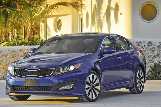 2013 Kia Optima: New Car Review featured image large thumb30