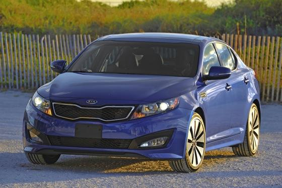2013 Kia Optima: New Car Review featured image large thumb34