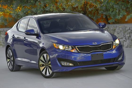 2013 Kia Optima: New Car Review featured image large thumb35