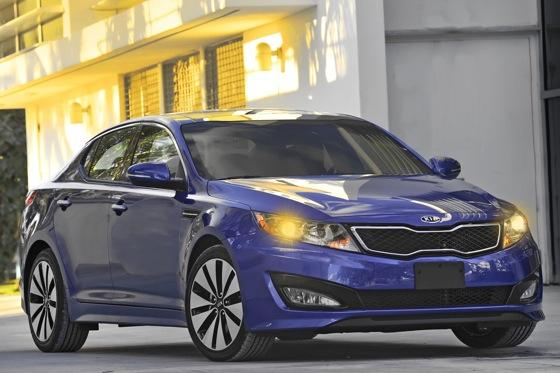 2013 Kia Optima: New Car Review featured image large thumb37