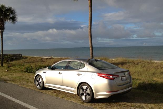 2012 Kia Optima Hybrid: Infinity Sound System featured image large thumb2